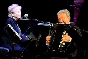 Lina Bossati piano Marcel Azzola accordéon concert